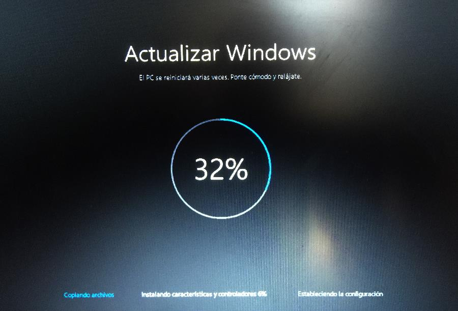 Copiando-archivos-actualizacion-de-windows10[1]
